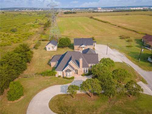 $1,600,000 - 4Br/2Ba -  for Sale in Na, San Marcos