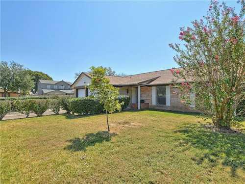 $469,000 - 3Br/2Ba -  for Sale in Buckingham Ridge Sec 05, Austin