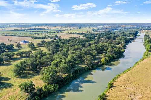 $2,200,000 - 5Br/4Ba -  for Sale in Na, Bastrop