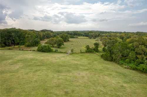 $1,700,000 - 3Br/2Ba -  for Sale in Freelove Woody, Driftwood