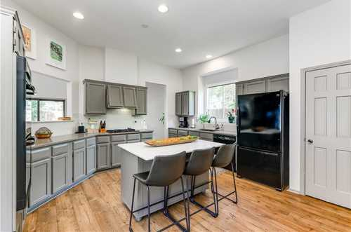 $525,000 - 3Br/2Ba -  for Sale in Tanglewood Forest Sec 01, Austin