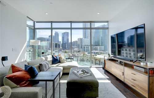 $825,000 - 1Br/2Ba -  for Sale in Original City Of Austin, Austin