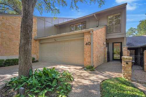 $1,025,000 - 2Br/3Ba -  for Sale in Woodstone Square, Austin