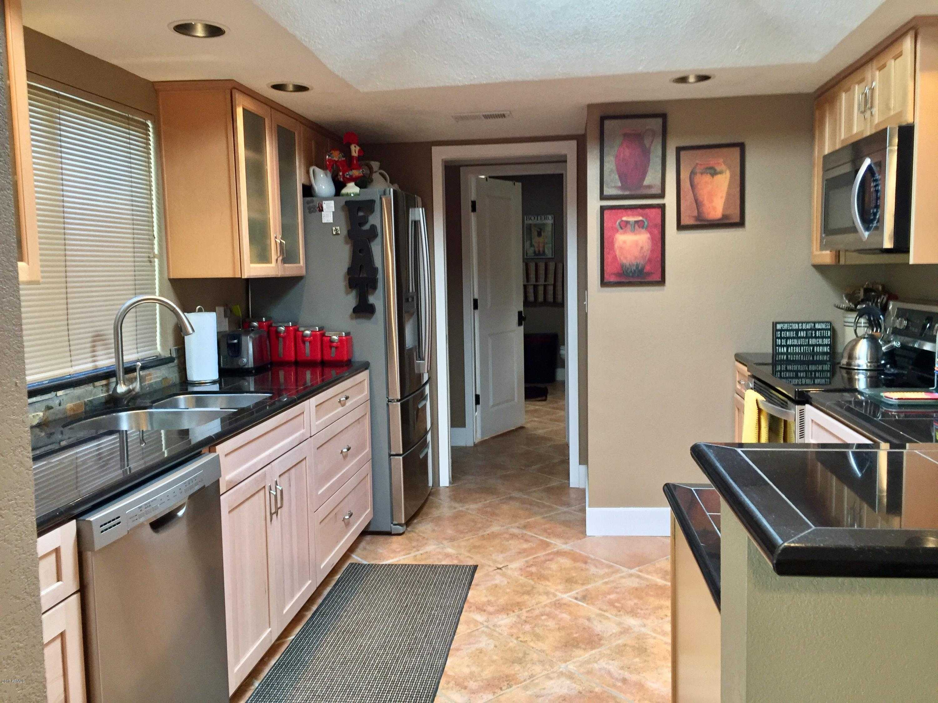 - 2Br/2Ba -  for Sale in Rancho Manana Tennis Villas, Cave Creek