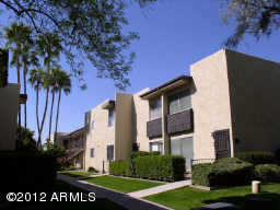 - 2Br/2Ba -  for Sale in Camelback House, Scottsdale