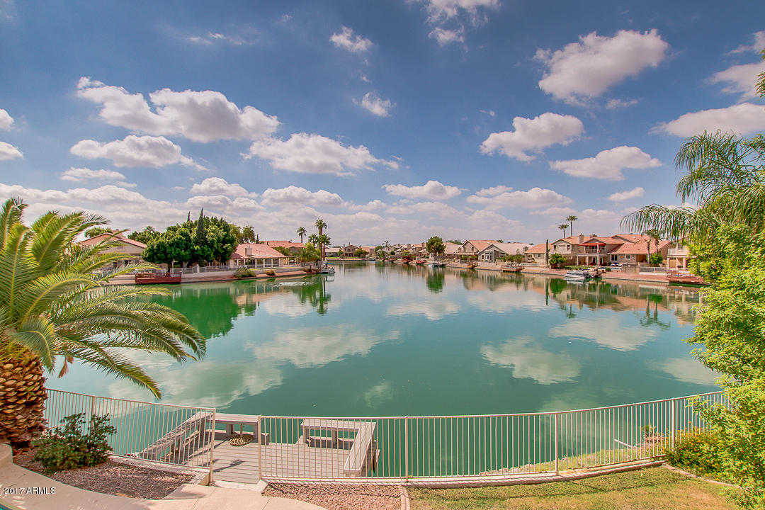 $489,000 - 4Br/3Ba - Home for Sale in Arrowhead Lakes 3 Lot 239-333 Tr A-b, Glendale