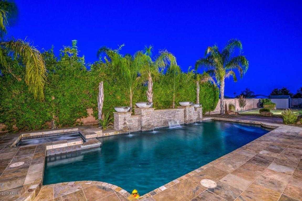 $699,000 - 6Br/4Ba - Home for Sale in North Valley Estates, Glendale