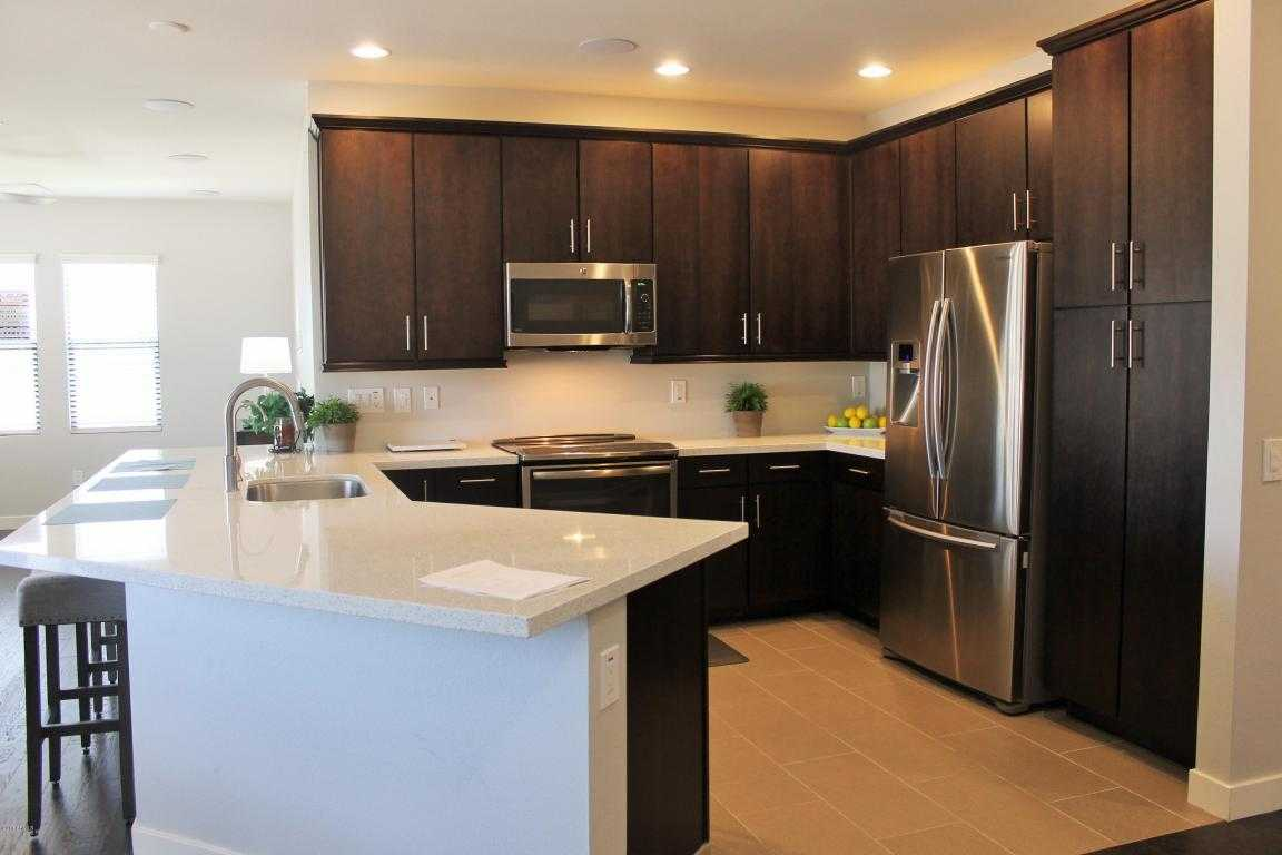 - 2Br/2Ba -  for Sale in Cays At Downtown Ocotillo Condominiums, Chandler