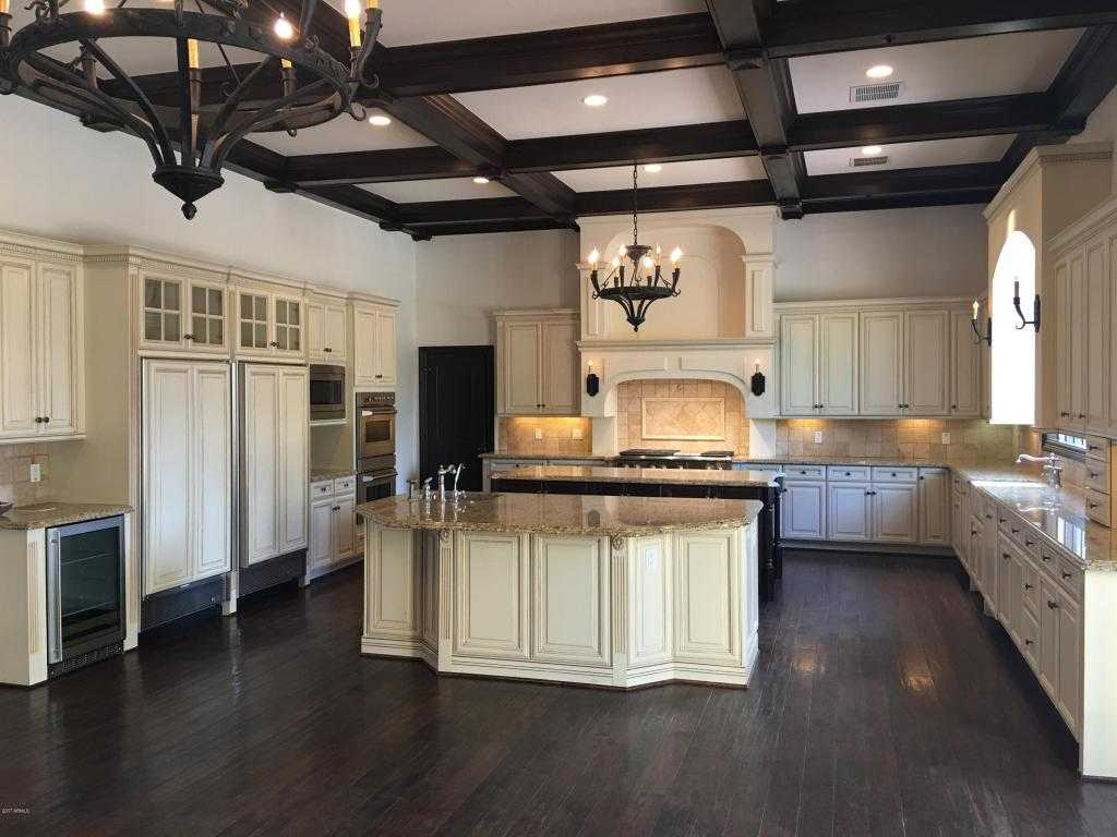 $1,895,000 - 5Br/5Ba - Home for Sale in Camelback Country Club Estates 5, Paradise Valley