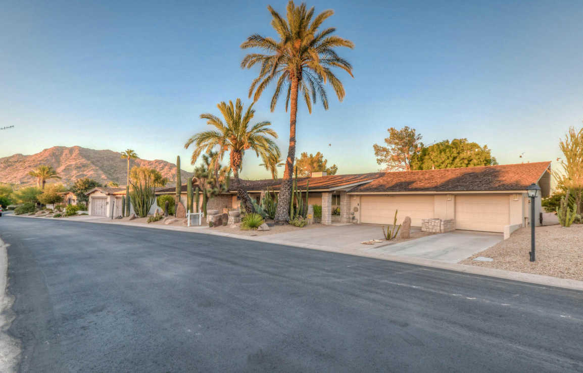 $985,000 - 5Br/5Ba - Home for Sale in Mountain Shadow Resort 2 Amd, Paradise Valley