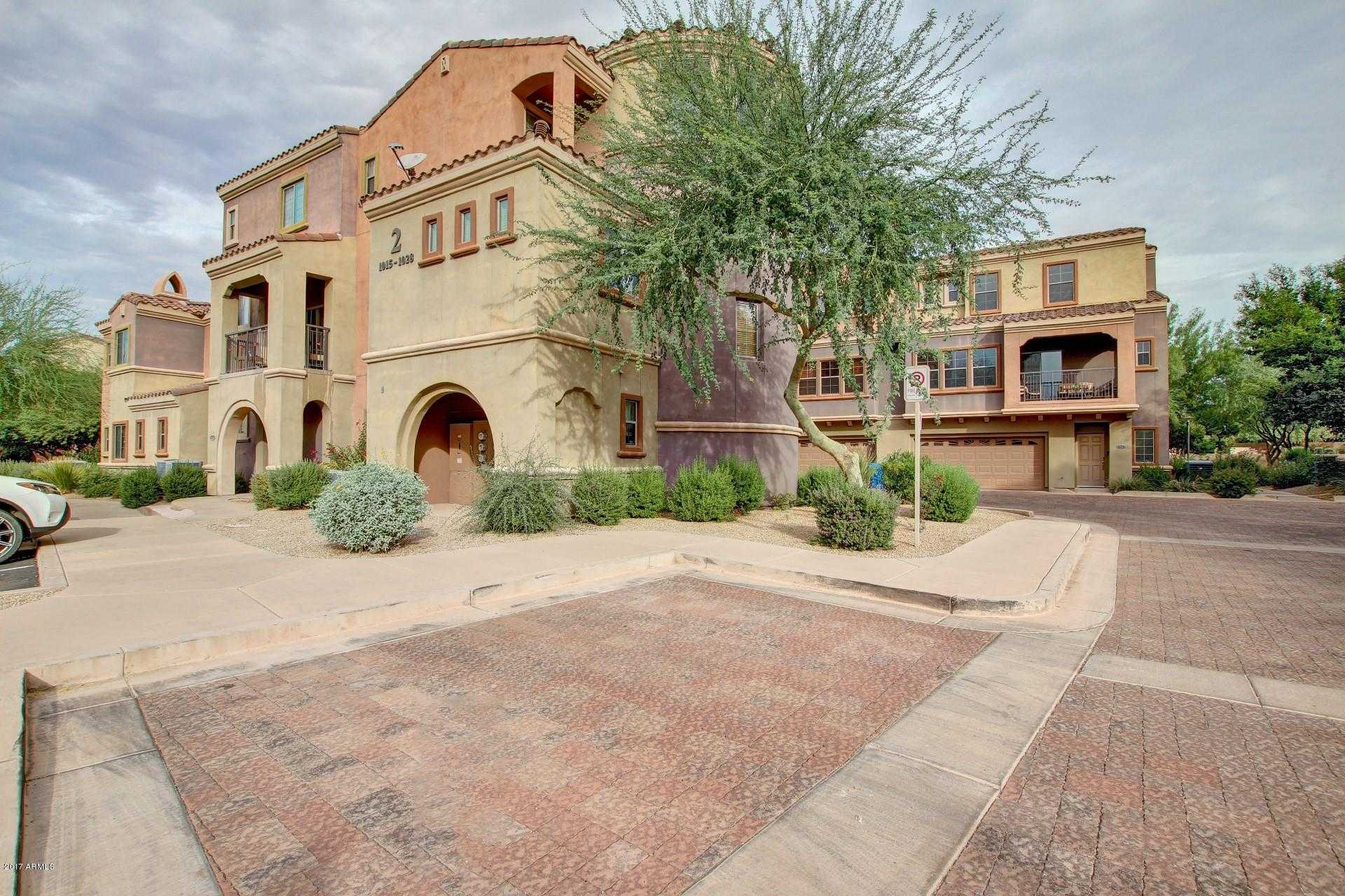 - 2Br/2Ba -  for Sale in Villages At Aviano Desert Ridge, Phoenix