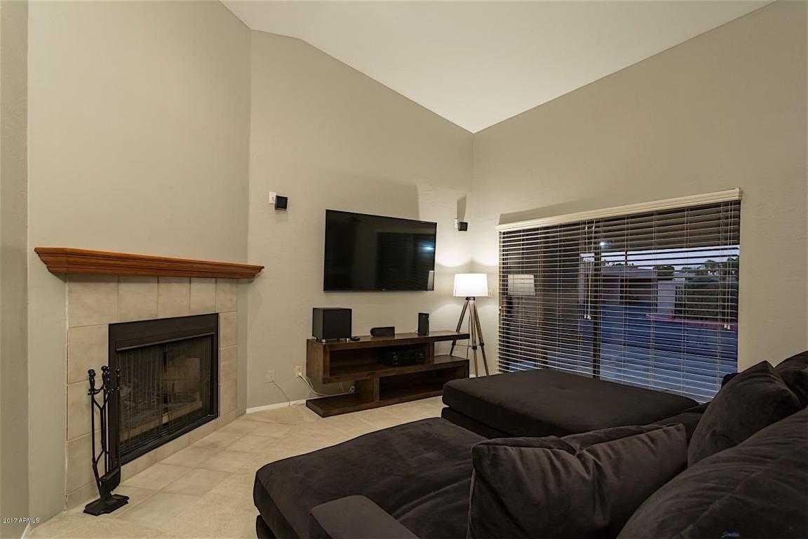 - 2Br/2Ba -  for Sale in Pima Villas Condominiums Unit 101-112, Scottsdale