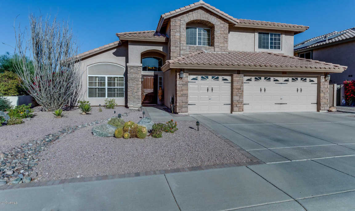 $549,900 - 3Br/3Ba - Home for Sale in Arrowhead Lakes, Glendale