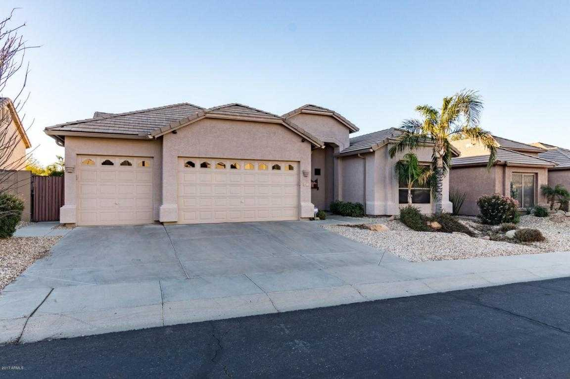 $398,999 - 4Br/2Ba - Home for Sale in Chaminade, Glendale