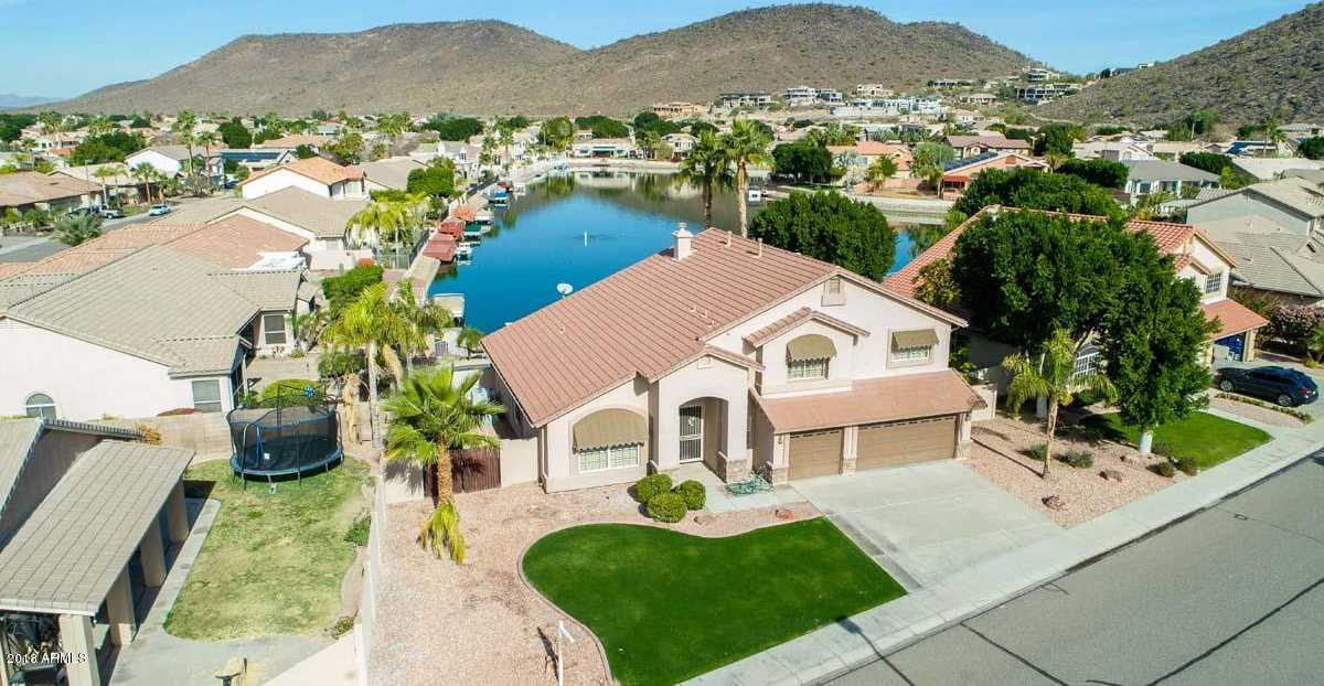 $600,000 - 4Br/3Ba - Home for Sale in Arrowhead Lakes Unit 6b, Glendale