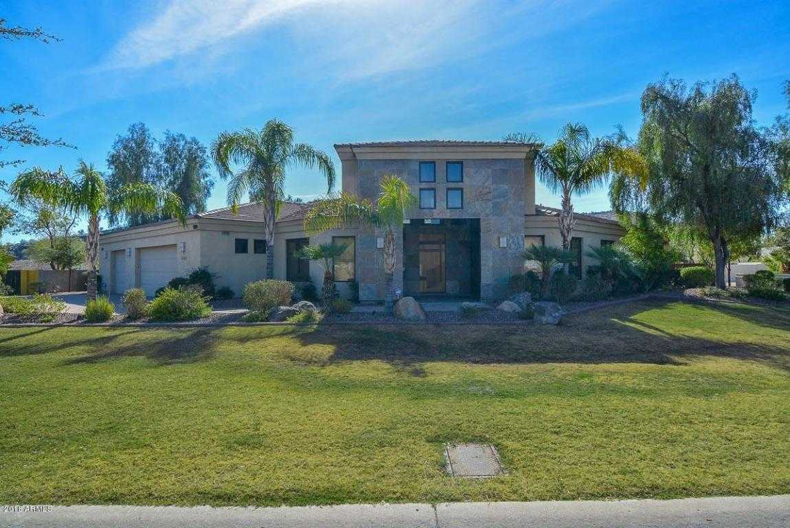 $999,999 - 4Br/4Ba - Home for Sale in Saddleback Hills, Glendale