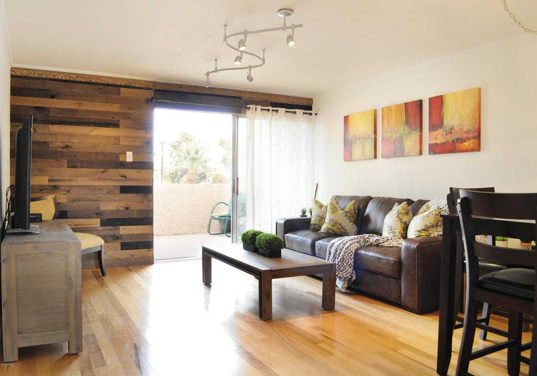 - 2Br/2Ba -  for Sale in Ciento Condominiums, Scottsdale