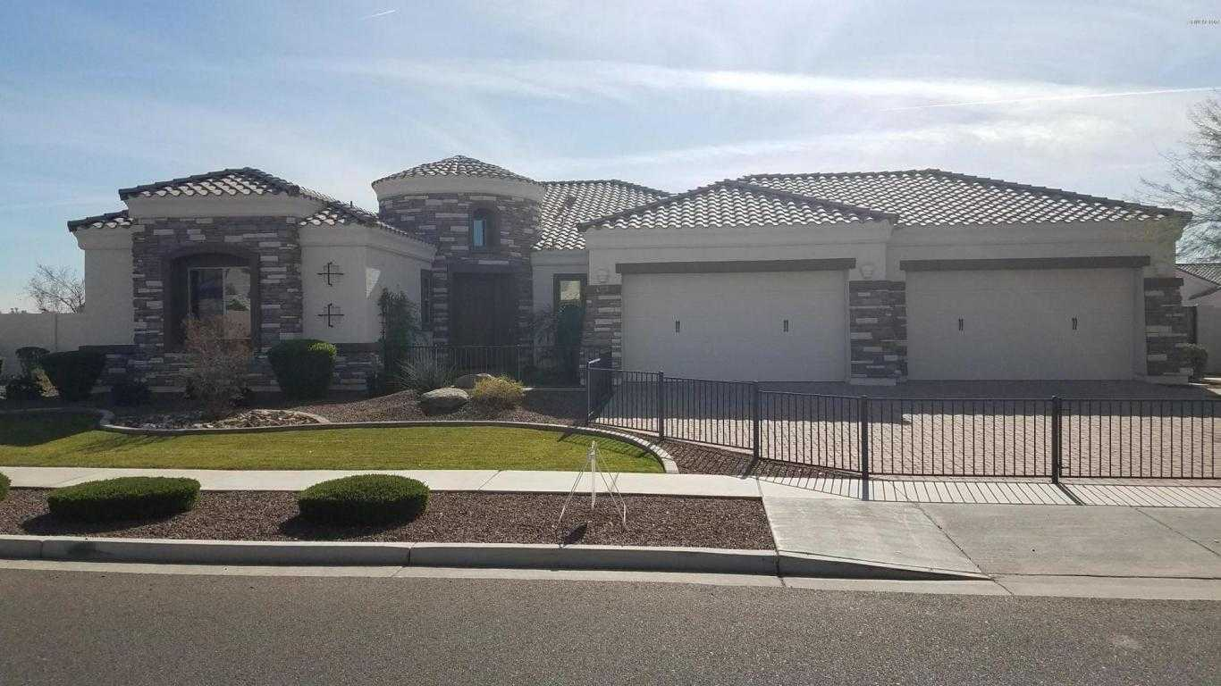 $614,400 - 4Br/4Ba - Home for Sale in Tesoro, Glendale
