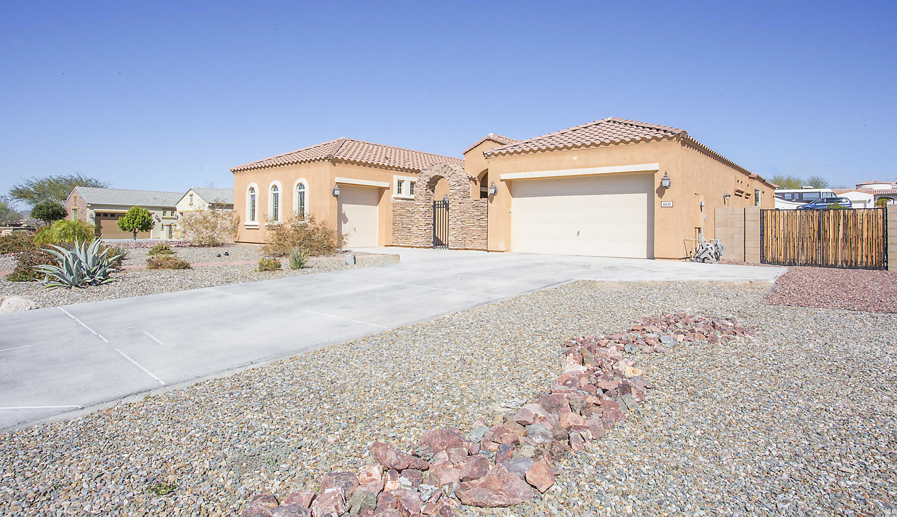 $595,000 - 4Br/4Ba - Home for Sale in Tuscany Ranch, Glendale