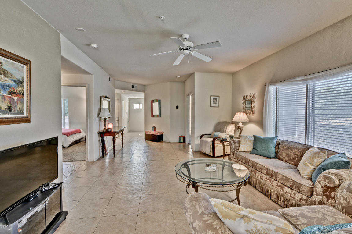 $202,500 - 2Br/2Ba - Condo for Sale in Fairways At Arrowhead Condominiums Replat Amd, Glendale