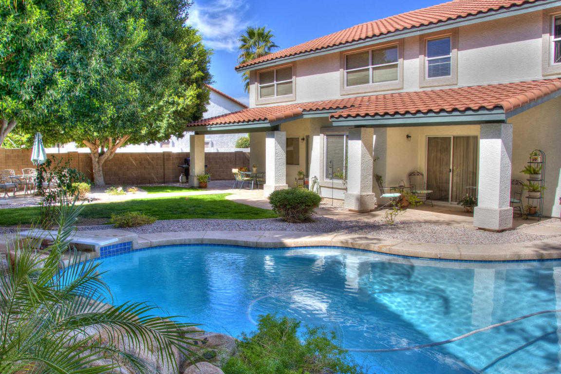 $397,000 - 5Br/4Ba - Home for Sale in Mission Groves 4 & 5, Glendale