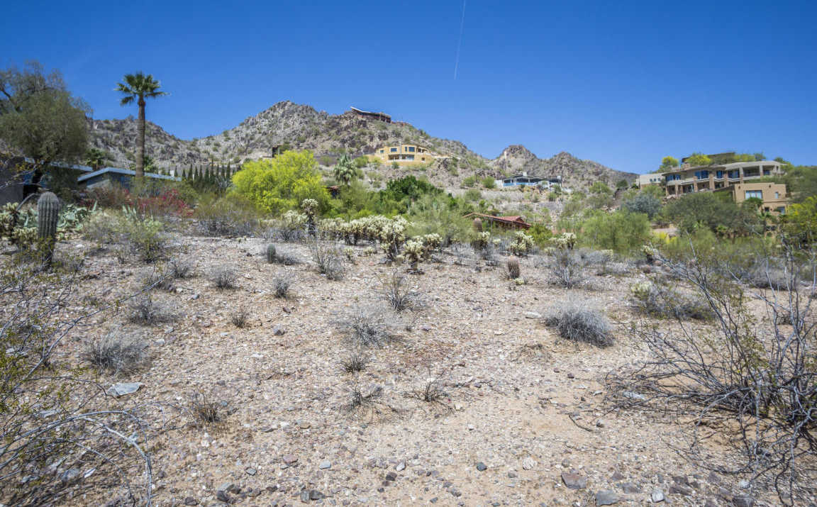 $890,000 - Br/Ba -  for Sale in Clearwater Hills, Paradise Valley
