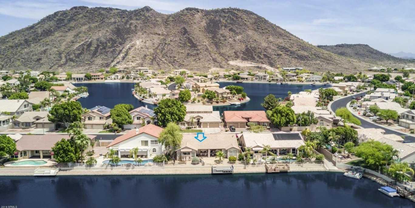 $564,900 - 4Br/3Ba - Home for Sale in Arrowhead Lakes Unit 6b, Glendale