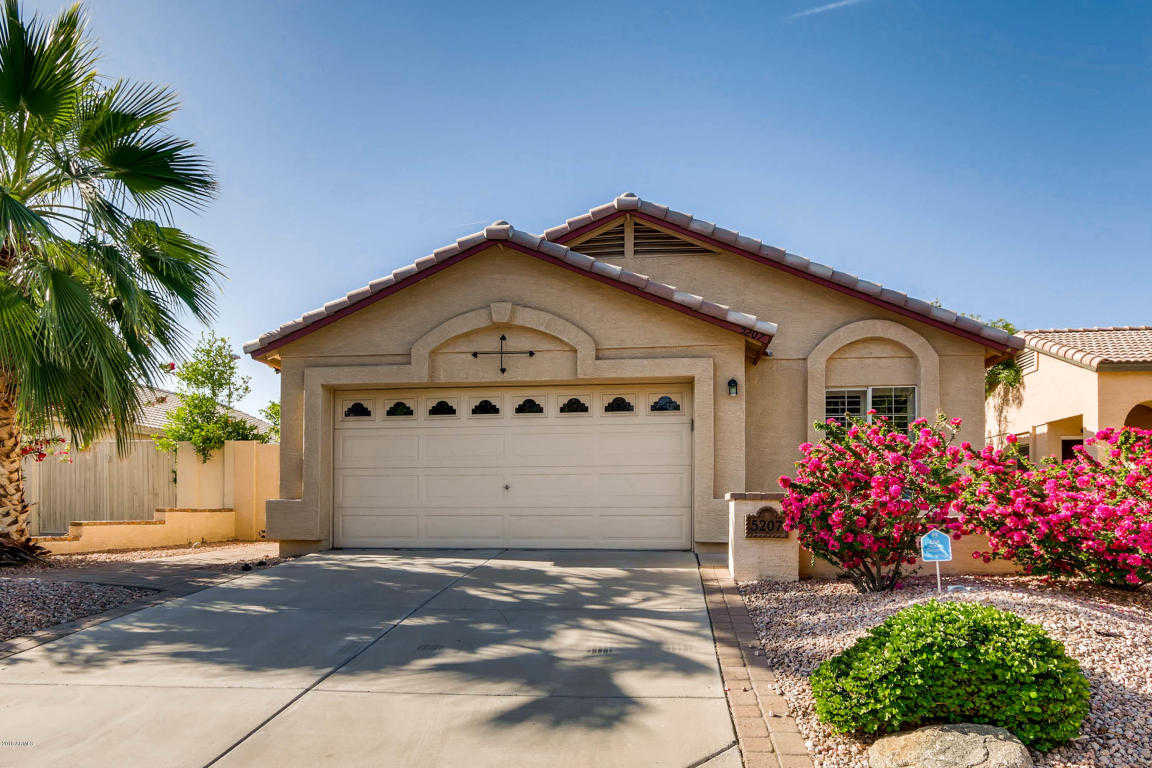$220,000 - 3Br/2Ba - Home for Sale in Arrowhead Lakes Unit 88, Glendale