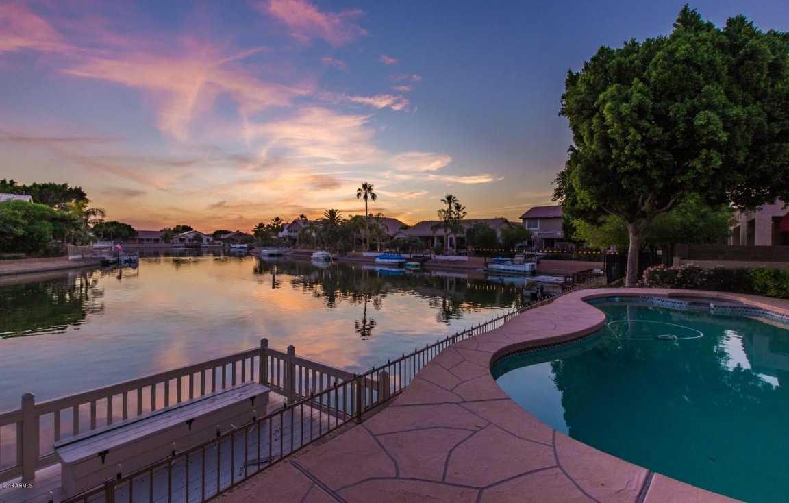 $589,900 - 4Br/3Ba - Home for Sale in Arrowhead Lakes Unit 6b, Glendale