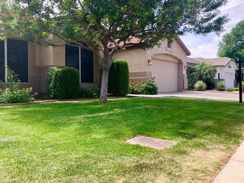 $319,900 - 4Br/2Ba - Home for Sale in Highlands At Arrowhead Ranch 1, Glendale