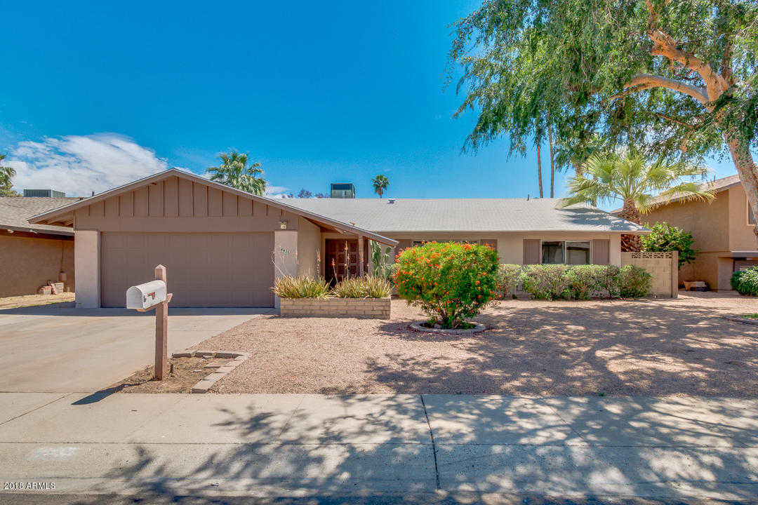 $229,000 - 3Br/2Ba - Home for Sale in West Plaza 26, Glendale