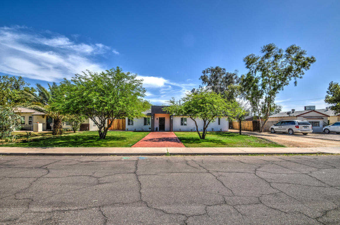 $378,000 - 3Br/3Ba - Home for Sale in Greenfield Gardens Blks 6, 7, Phoenix
