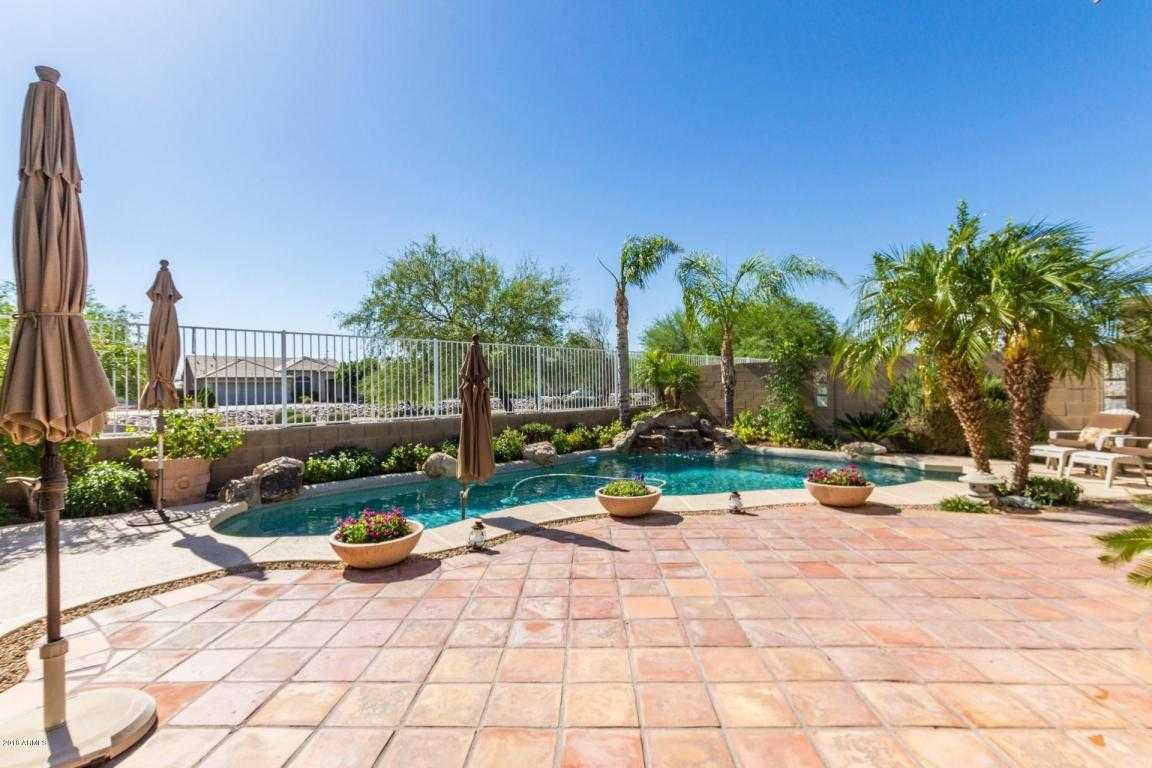 $409,000 - 4Br/2Ba - Home for Sale in Chaminade, Glendale