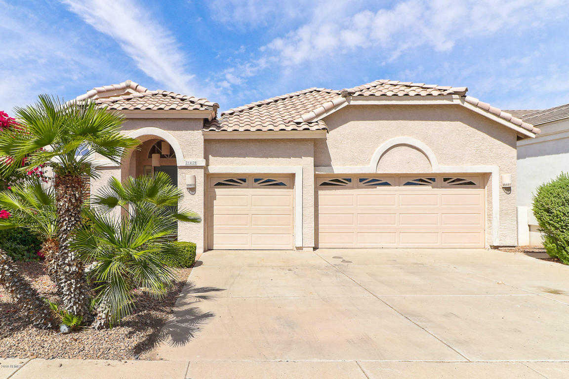 $470,000 - 4Br/4Ba - Home for Sale in Arrowhead Lakes 3 Lot 239-333 Tr A-b, Glendale