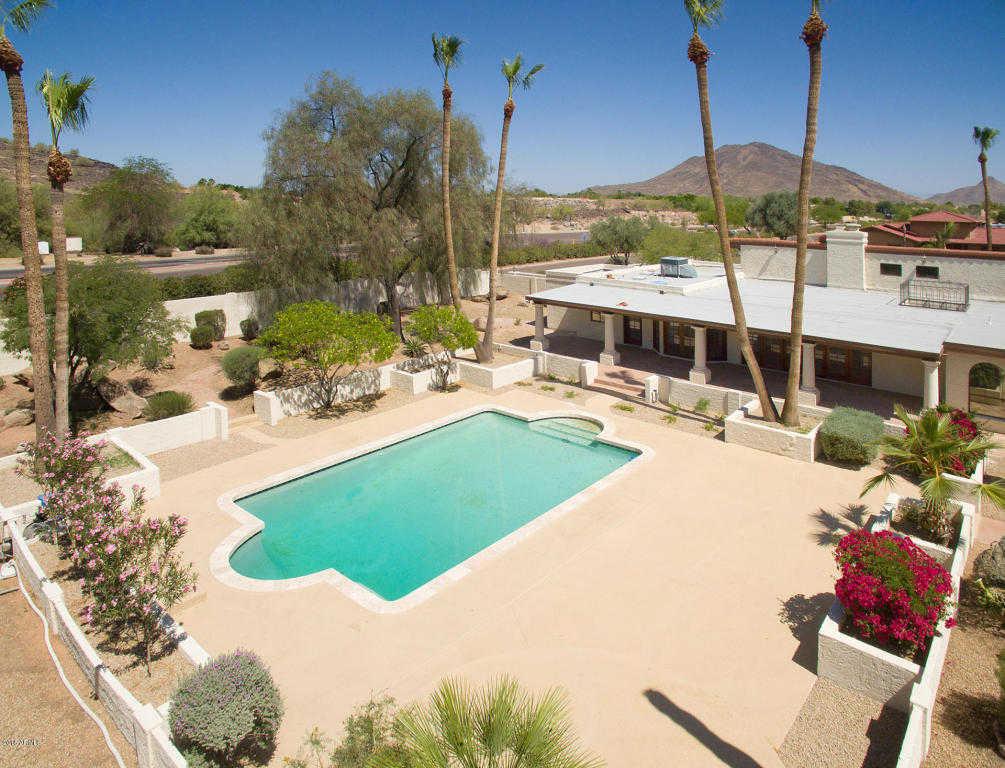 $695,000 - 4Br/3Ba - Home for Sale in Saddleback Hills, Glendale