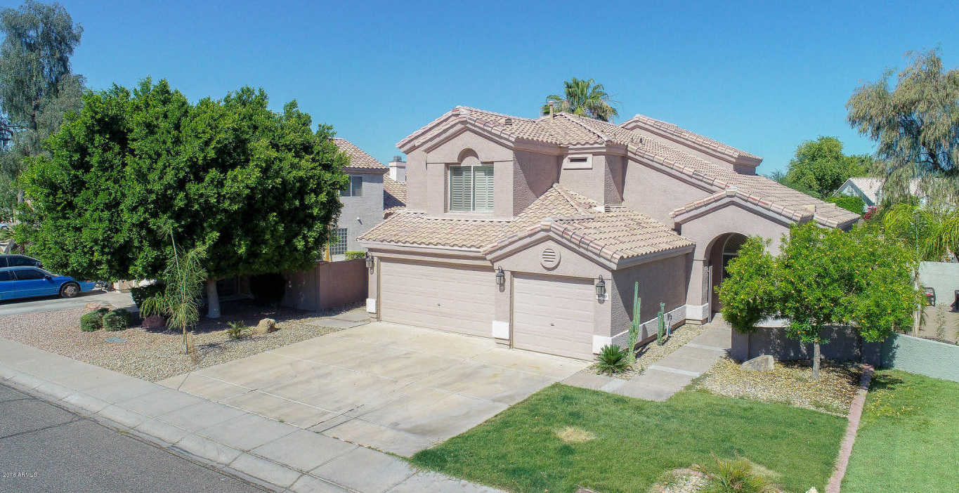 $392,000 - 4Br/3Ba - Home for Sale in Tuscany Point, Glendale