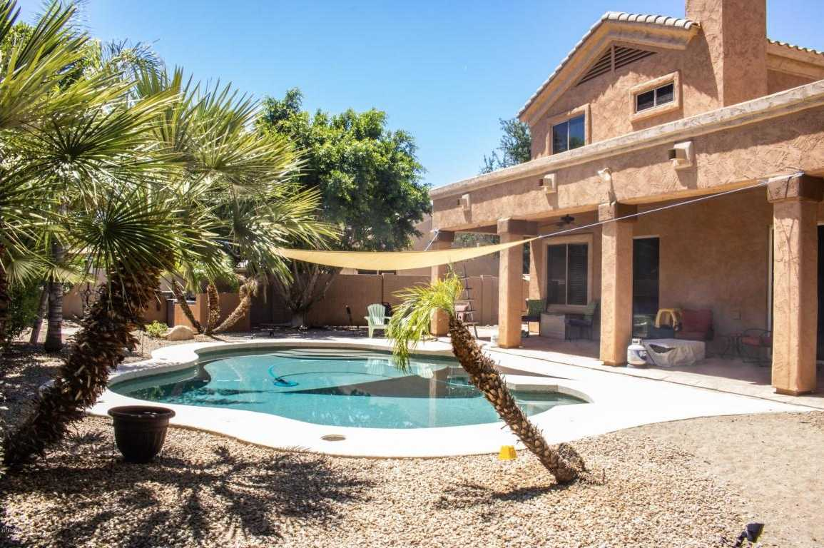$400,000 - 4Br/3Ba - Home for Sale in Highlands At Arrowhead Ranch 3, Glendale