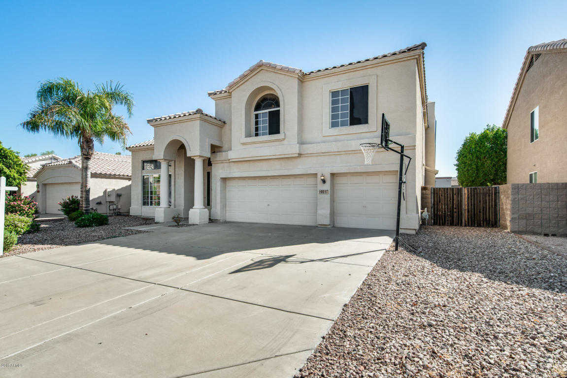 $404,900 - 4Br/3Ba - Home for Sale in Arrowhead Heights, Glendale