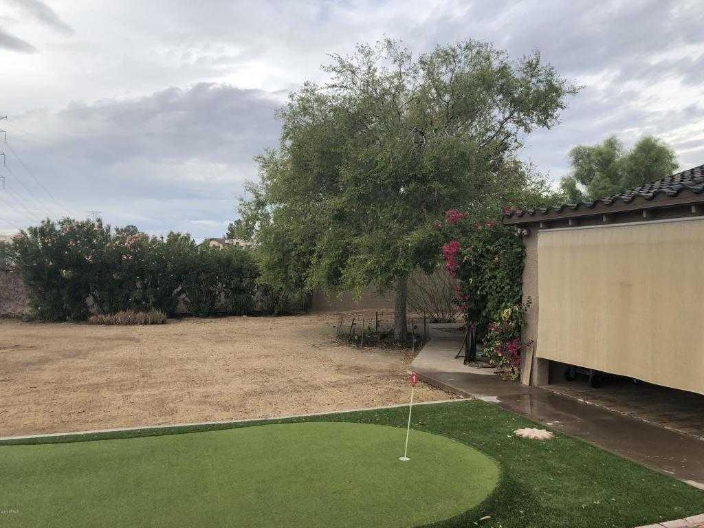 $649,995 - 4Br/2Ba - Home for Sale in Saddleback Meadows Unit 8, Glendale