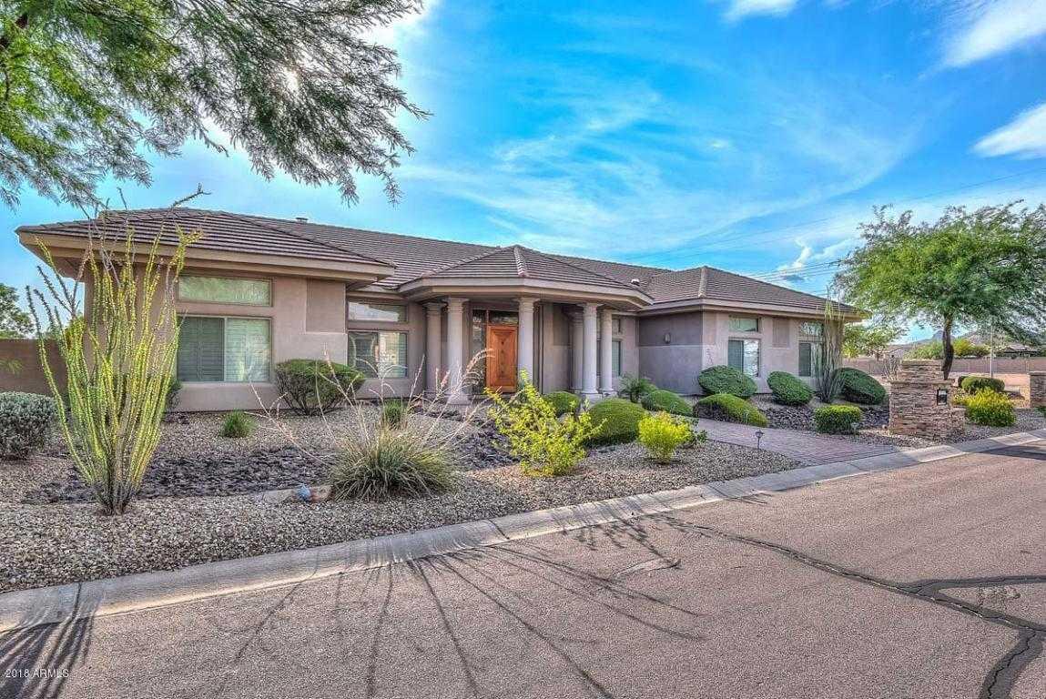 $915,000 - 5Br/5Ba - Home for Sale in North Valley Estates, Glendale