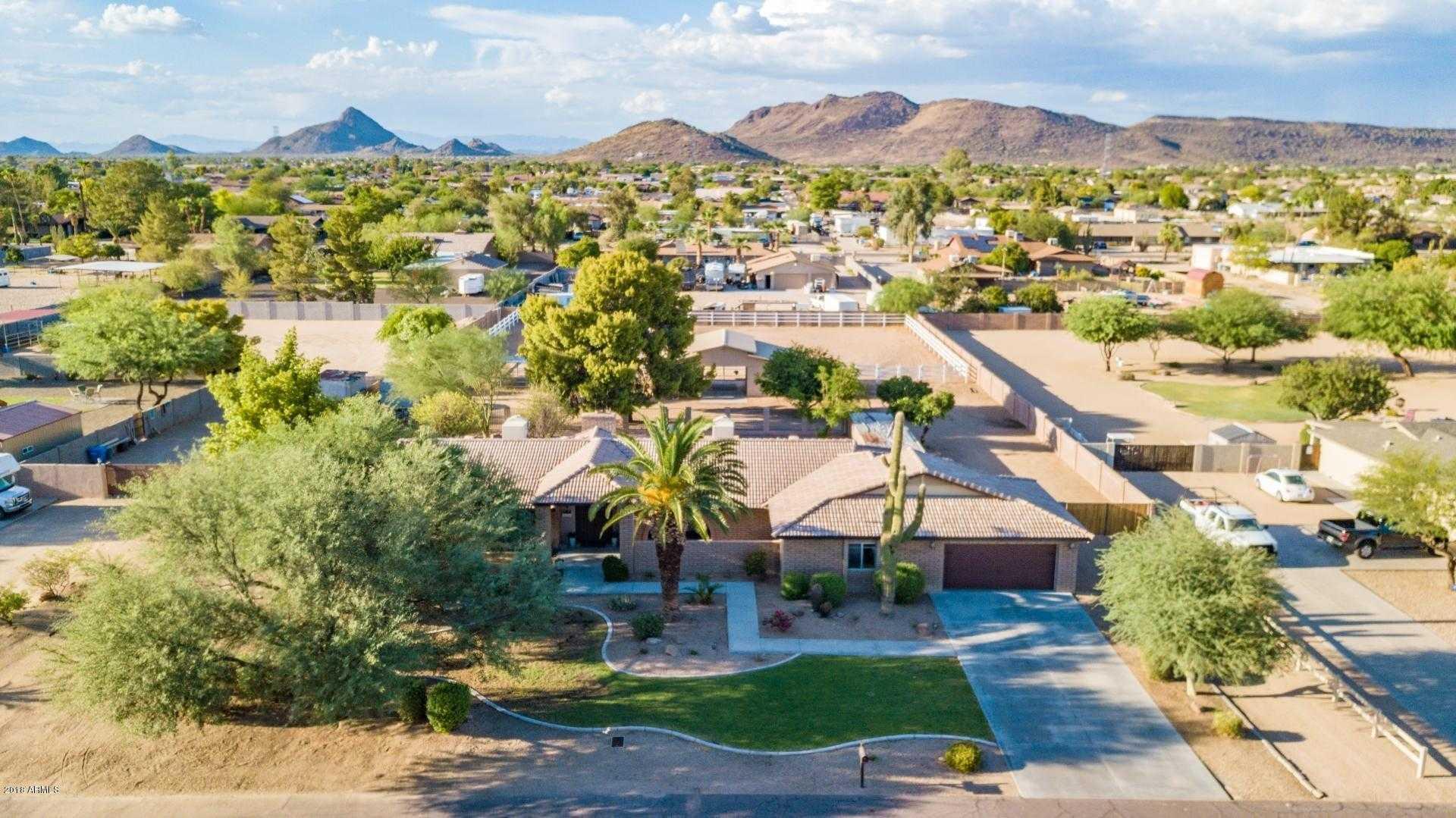 $599,900 - 4Br/3Ba - Home for Sale in Saddleback Meadows Unit 5, Glendale