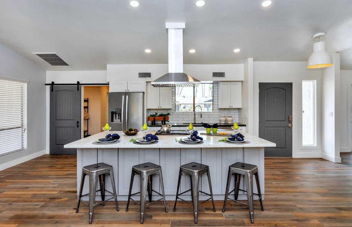 $519,400 - 4Br/3Ba - Home for Sale in Hidden Manor, Glendale