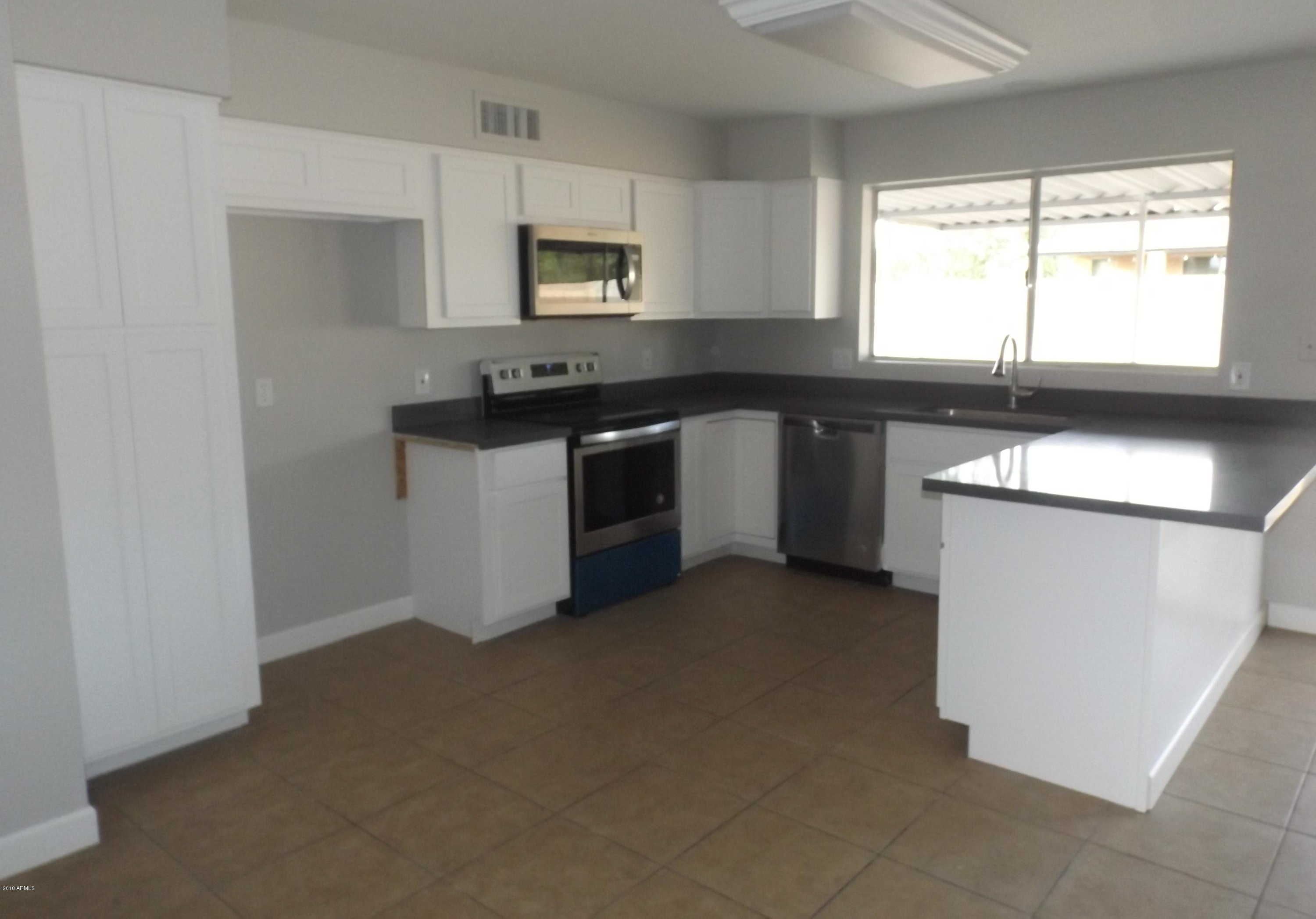 $210,000 - 3Br/2Ba - Home for Sale in Knoell North 10, Glendale