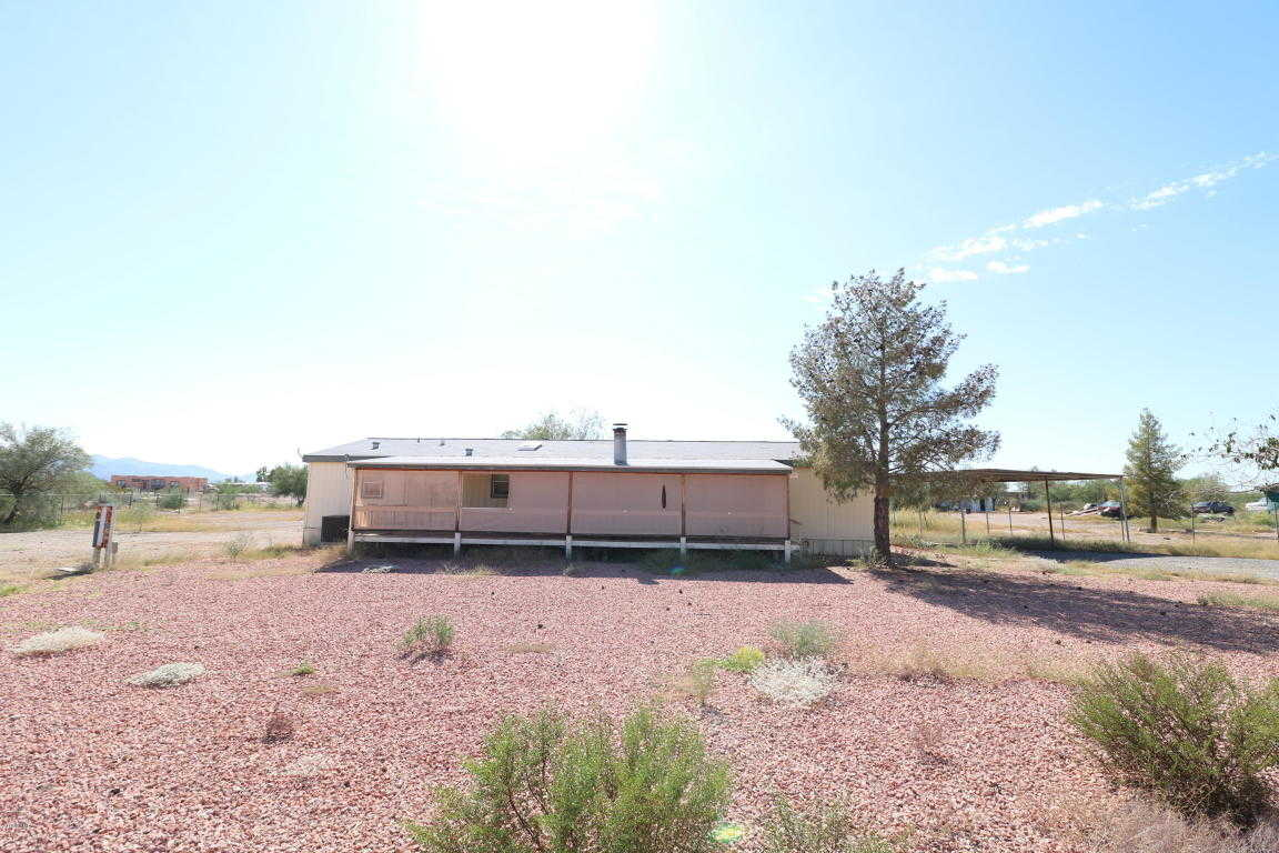 $112,000 - 4Br/2Ba -  for Sale in Chaparral Rancheros Unit 2, Wittmann
