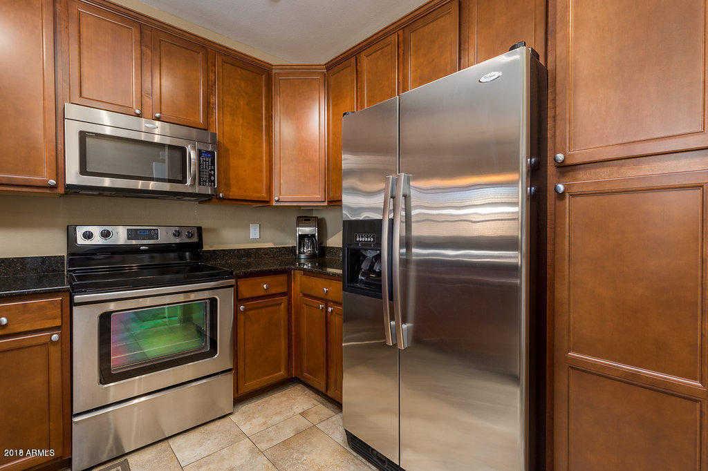 - 3Br/2Ba -  for Sale in Plaza Residences, Scottsdale