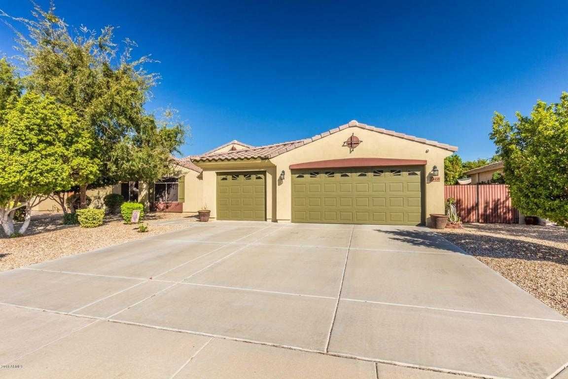 $389,900 - 4Br/3Ba - Home for Sale in Palm Valley Phase 2 Parcel 1, Goodyear