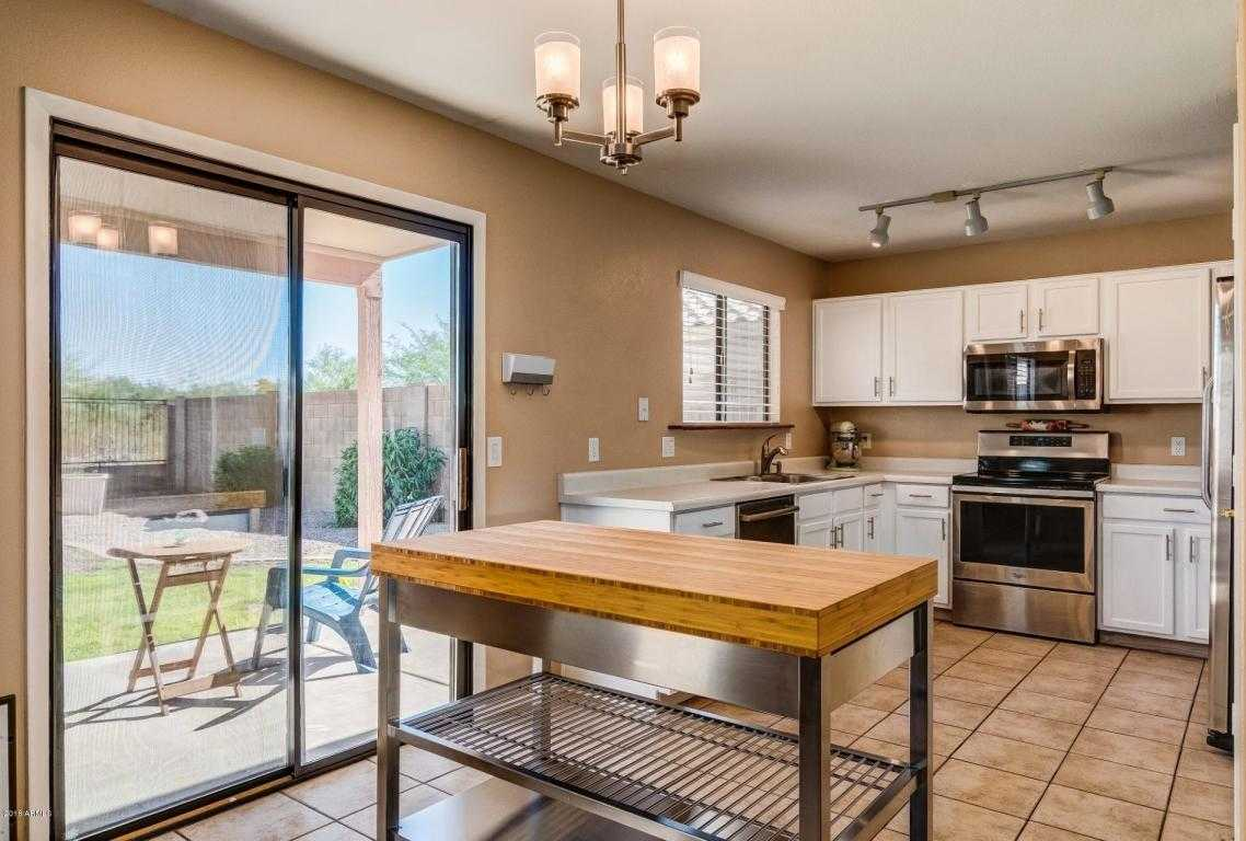 $279,200 - 3Br/3Ba - Home for Sale in Mountaingate Unit 1, Phoenix