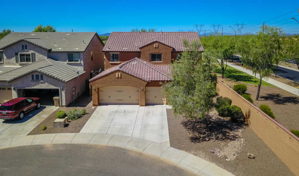 $275,000 - 5Br/4Ba - Home for Sale in Festival Foothills Phase 1, Buckeye