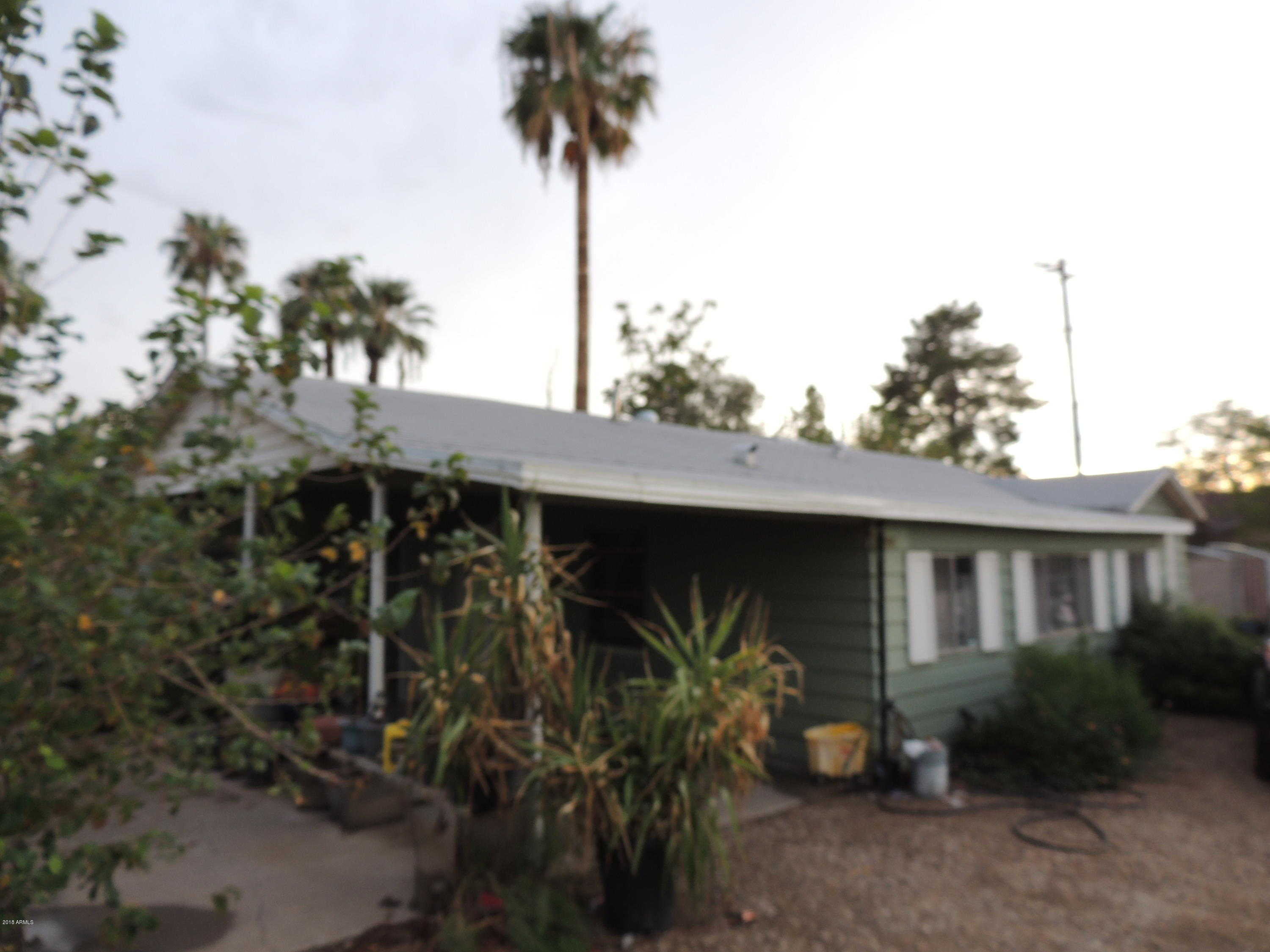 $320,000 - 3Br/2Ba - Home for Sale in N/a, Glendale