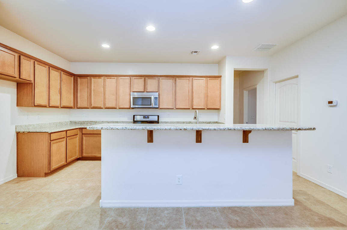 $322,000 - 4Br/3Ba - Home for Sale in Tessera, Glendale